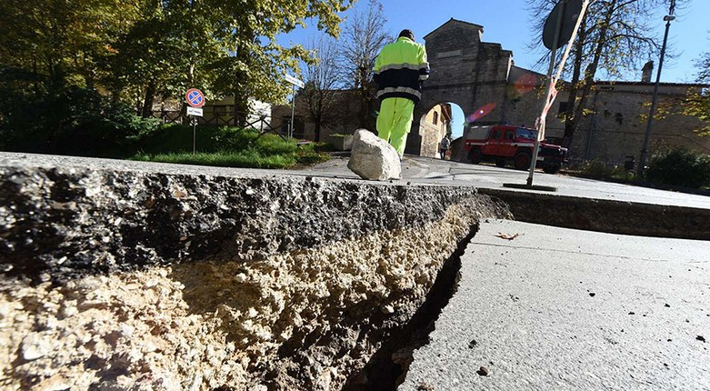 Valutazione del rischio sismico in opere idrauliche: siglato l'accordo tra il Dipartimento di Ingegneria e l'Agenzia Regionale per la Sicurezza Territoriale e la Protezione Civile